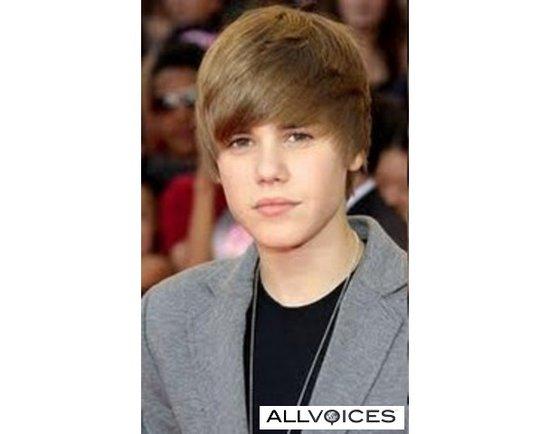 justin bieber tour dates. justin bieber 2011 tour dates. Justin Bieber Tour Dates 2011