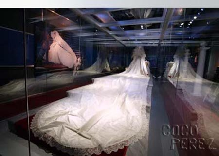 princess diana wedding dress train. princess diana wedding dress