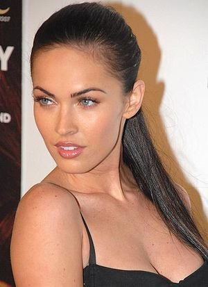 megan fox makeup looks. Megan Fox Makeup Look; Megan